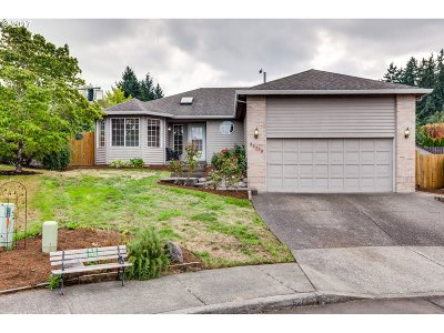 Tigard Single Family Home For Sale: 12773 SW Morning Hill Ct
