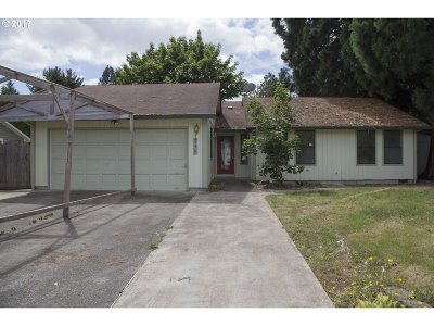 Hillsboro Single Family Home For Sale: 938 NE Kathryn St