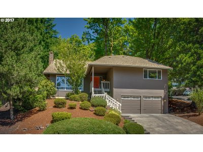 Lake Oswego Single Family Home For Sale: 31 Da Vinci St
