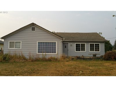 Molalla Single Family Home For Sale: 915 W Main St