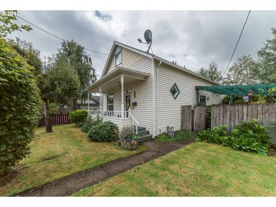 Cottage Grove, Creswell Single Family Home For Sale: 827 S 6th St