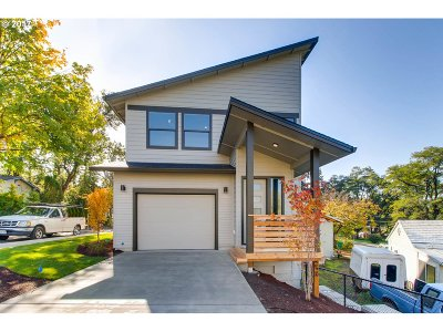 Tigard, Portland Single Family Home For Sale: 9081 SW 72nd Ave