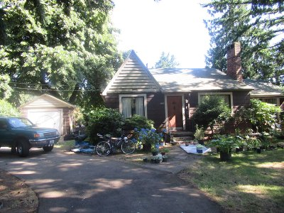 Portland Single Family Home For Sale: 13107 SE Powell Blvd