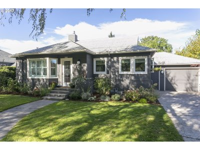 Single Family Home For Sale: 6929 N Olin Ave