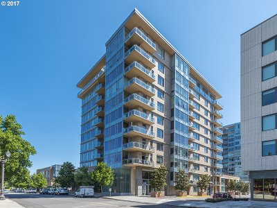 Condo/Townhouse For Sale: 1930 SW River Dr #W907
