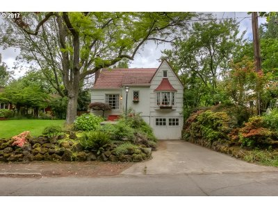 Single Family Home For Sale: 7301 SW Brier Pl