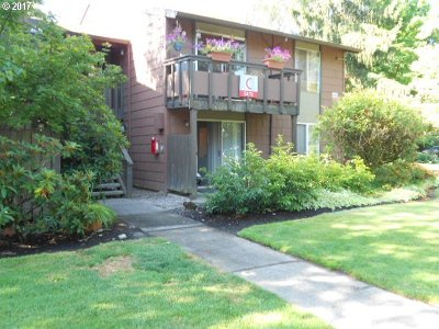 Beaverton Condo/Townhouse For Sale: 5476 SW Alger Ave