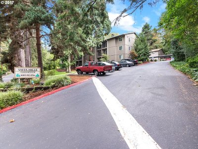 Portland Condo/Townhouse For Sale: 2680 SW 87th Ave