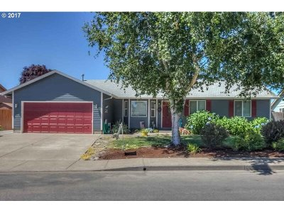 Aumsville Single Family Home Sold: 635 N 9th Pl