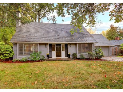 Single Family Home For Sale: 13855 SW Hart Rd