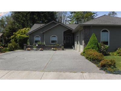 Brookings Single Family Home For Sale: 934 Timberline Dr