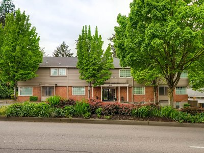 Lake Oswego Condo/Townhouse For Sale: 210 S State St #1