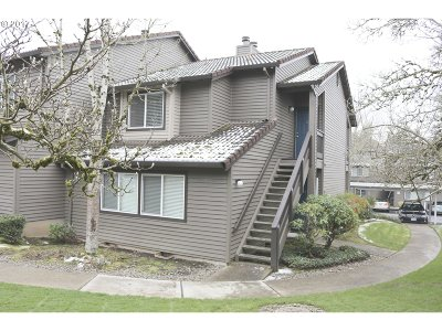 Beaverton Condo/Townhouse For Sale: 9410 SW 146th Ter #O8