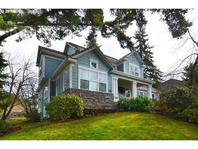Eugene Single Family Home For Sale: 3025 Hawkins Ln