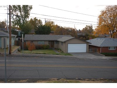 Pendleton Single Family Home For Sale: 3130 SW Hailey Ave