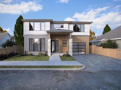 Multnomah County, Clackamas County, Washington County Single Family Home For Sale: 6314 SE 21st Ave