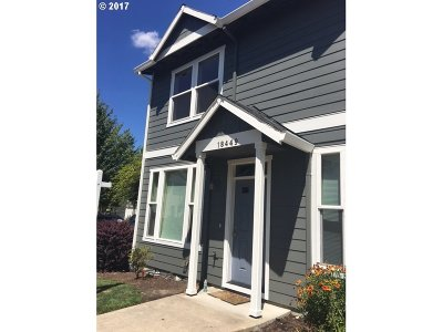Beaverton Condo/Townhouse Bumpable Buyer: 18449 SW Annamae Ln