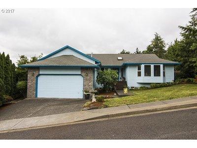 Clackamas Single Family Home For Sale: 11550 SE Idyllwild Ct