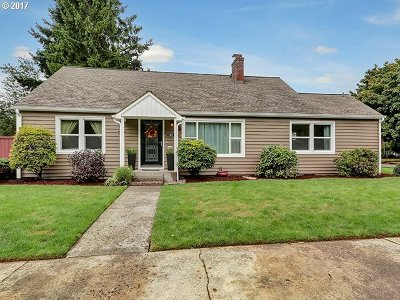 Portland OR Single Family Home For Sale: $385,000