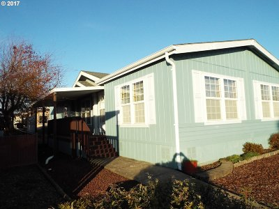 Eugene Single Family Home For Sale: 1699 N Terry St Space #186
