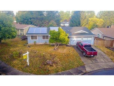 Aloha Single Family Home For Sale: 4700 SW 189th Pl