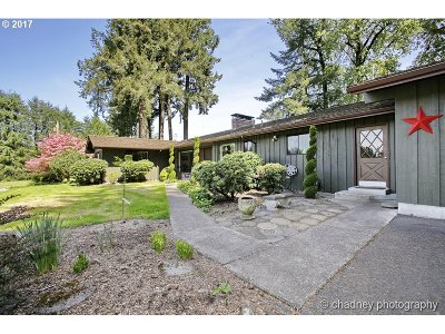 West Linn Single Family Home For Sale: 31190 SW Isle Way Ln