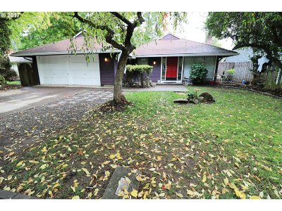 Beaverton Single Family Home For Sale: 4030 SW 188th Ave