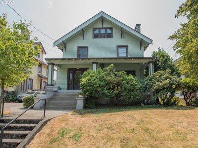 Single Family Home For Sale: 1936 NE Weidler St