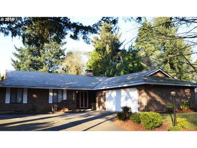Tualatin Single Family Home For Sale: 18025 SW Cheyenne Way