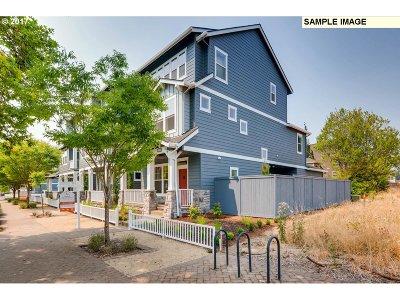Wilsonville Single Family Home For Sale: 29038 SW Villebois Dr