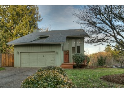 Salem OR Single Family Home For Sale: $340,000