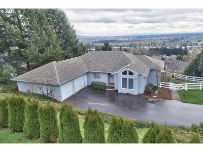 Newberg, Dundee, Mcminnville, Lafayette Single Family Home For Sale: 743 SW Red Hills Dr