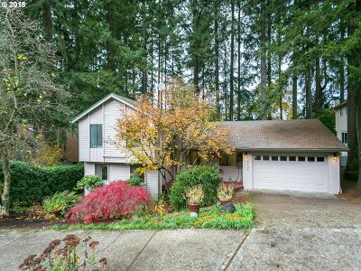 Tualatin Single Family Home For Sale: 8639 SW Iroquois Dr