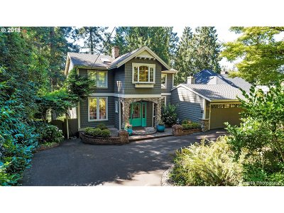 Lake Oswego Single Family Home For Sale: 17313 Blue Heron Rd