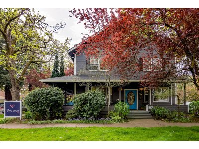 Eugene Single Family Home For Sale: 988 Lawrence St