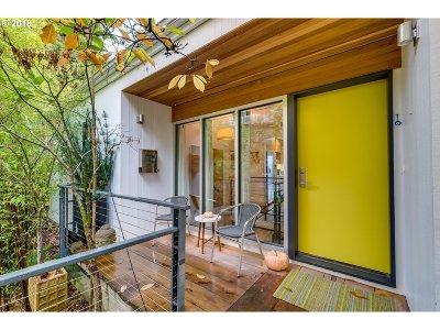 Portland Single Family Home For Sale: 1620 SW Davenport St