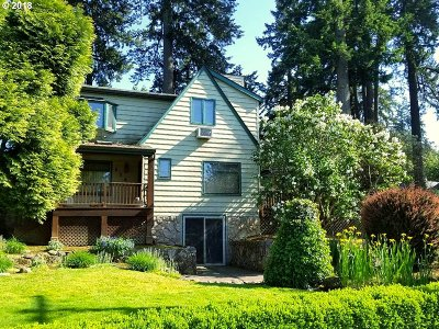 Lake Oswego Single Family Home For Sale: 116 Northshore Rd