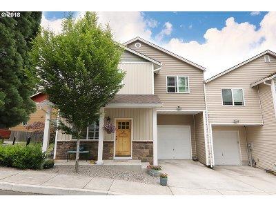 Sandy Single Family Home For Sale: 39591 Dubarko Rd