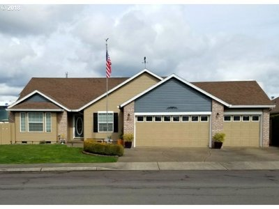 Wilsonville, Canby, Aurora Single Family Home For Sale: 452 SE 8th Ave