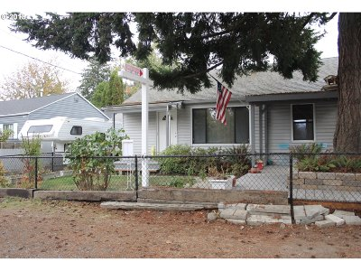 Single Family Home For Sale: 232 SE 124th Ave
