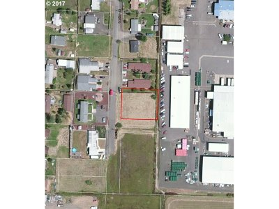 Sutherlin Residential Lots & Land For Sale: 878 Landing St