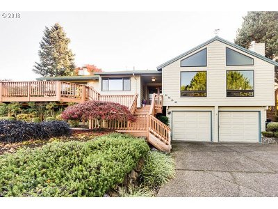 West Linn Single Family Home For Sale: 6214 Tack Ct