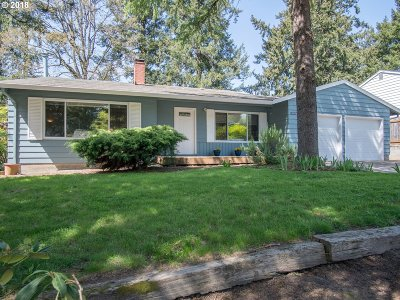 Portland Single Family Home For Sale: 13431 SW 62nd Ave