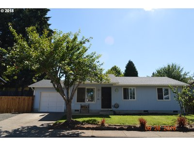 Cottage Grove, Creswell Single Family Home For Sale: 1328 S 7th St