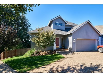 Newberg Single Family Home Bumpable Buyer: 1006 Madison Dr