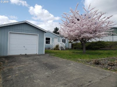 Roseburg OR Single Family Home For Sale: $110,000