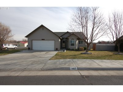 Hermiston Single Family Home For Sale: 1467 SW Meadow View Dr