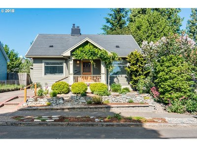 Portland Single Family Home For Sale: 6825 N Commercial Ave