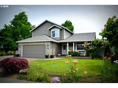 Eugene Single Family Home For Sale: 1699 Victorian Way