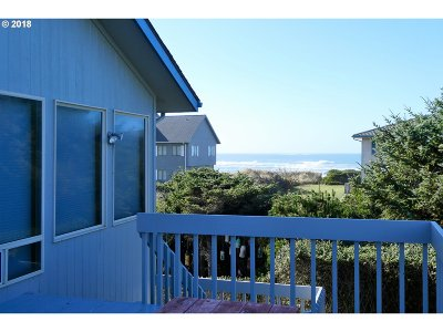 Gold Beach Single Family Home For Sale: 30624 Sandy Dr